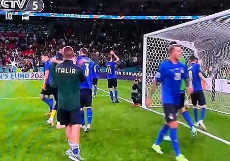 欧洲杯:意大利点球胜西班牙进决赛,意大利战车滚滚,大赛已经33场不败